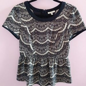 NWOT Under Skies Lace Print Blouse M